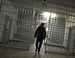 carcere_poliziotto-penitenz_2.jpg